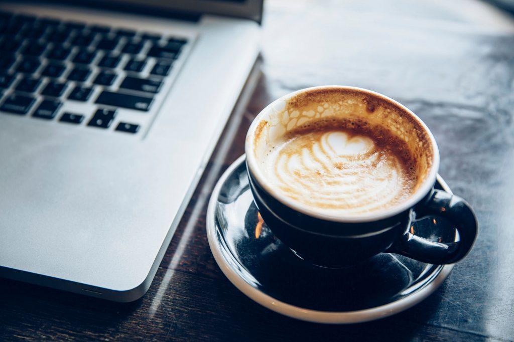 Computador café análise final da época